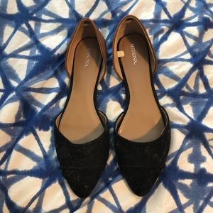 Black and Tan Pointed Toe Slides Classic Flats SZ9